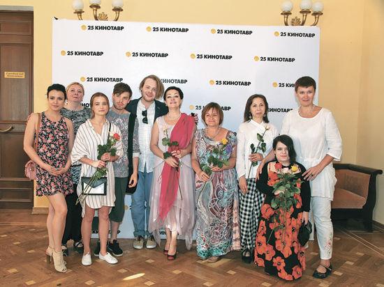 Ведущие артисты «Гоголь-центра» теперь  и в кино