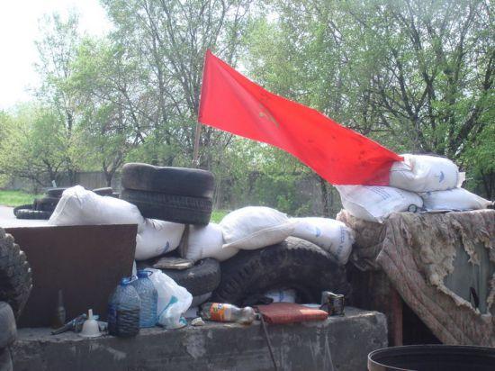 Стрелков объявил о расстреле двух ополченцев ДНР за мародерство и грабеж