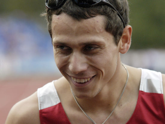 Легкая атлетика: олимпийский чемпион Юрий Борзаковский -  уйти или добежать  до Рио-де-Жанейро?