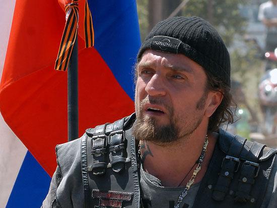 В инициативную группу движения вошёл  бывший член спецназа Дмитрий Саблин