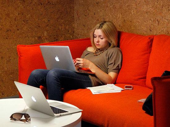 Ведомство действует в соответствии с августовском законе о блогерах