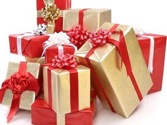 Подарки под елочку фото