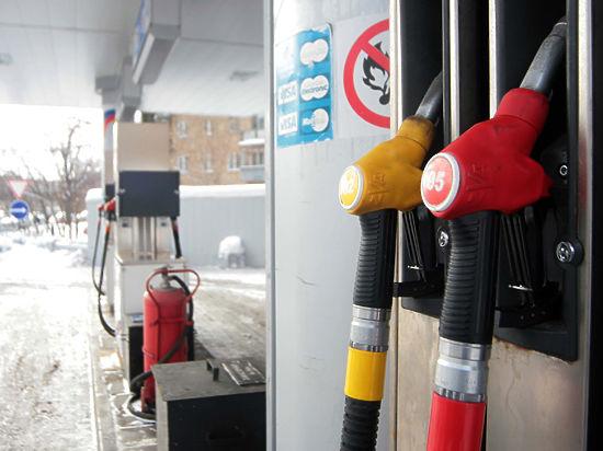 Рынок нефти 2015 года: последняя надежда и полное разочарование