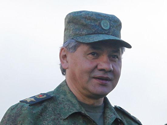 Шойгу заявил о необходимости развертывания группировки войск на крымском направлении