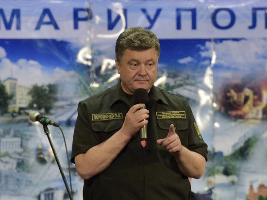 Порошенко: вернем Крым, но миром, а не войной