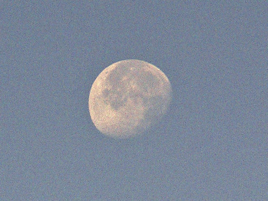 Луна оказалась плодом конфликта Земли и Теи