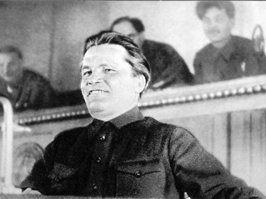 Стреляли в Кирова — попали в страну