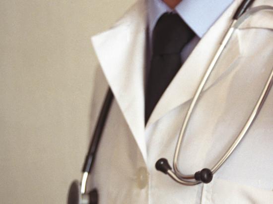 Раскрыта афера в медцентре департамента здравоохранения: среди подозреваемых десяток врачей