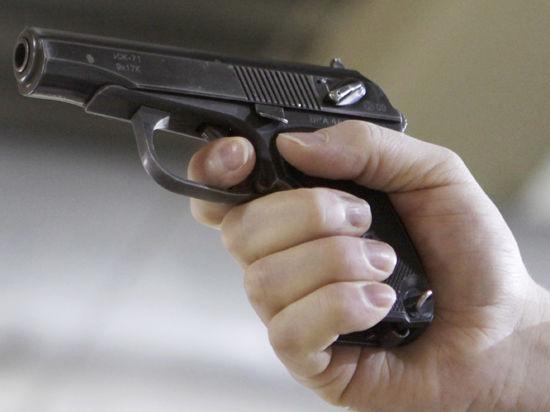 Эксперт-криминалист застрелился на рабочем месте из-за расставания с женой