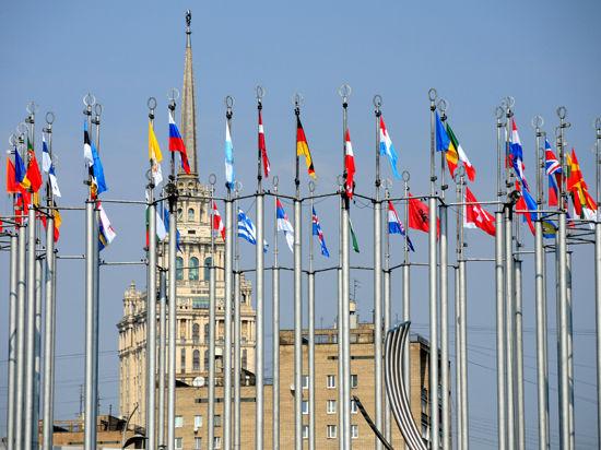 МИД РФ заявил о срочной необходимости решать гуманитарную проблему на Украине