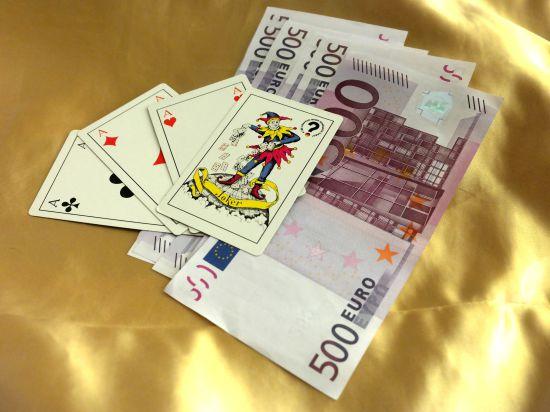 Joker в рукаве: Кабмин задумался о легализации азартных игр