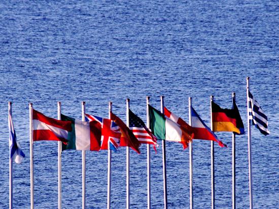 Опрос: немцы, французы и британцы против вступления новых членов в ЕС