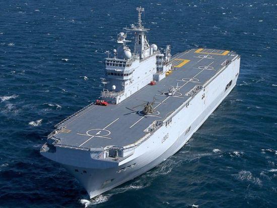 НАТО может перекупить строящиеся для России вертолетоносцы