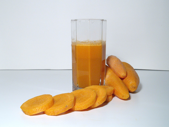 Избавиться  от рака можно  с помощью... моркови