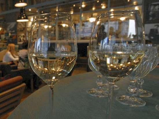 Дурной бурбон: в Россию поставляли американский виски, вызывающий рак и бесплодие