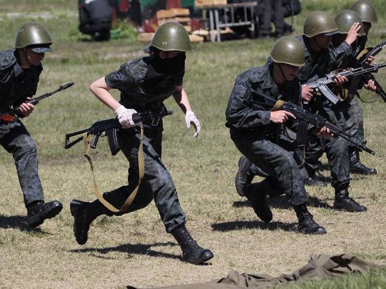 Власти самопровозглашенной Донецкой народной республики ввели военное положение