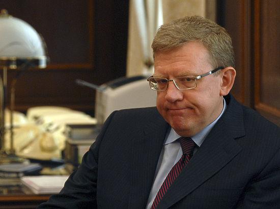 Экс-министр финансов считает, что краха рубля не произойдет