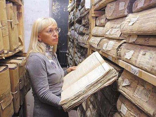 Архивный комитет выложил в Интернет старинные метрические книги