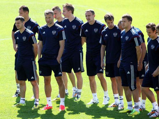 Чемпионат мира по футболу: подготовка сборной России полным ходом идет и без Капелло