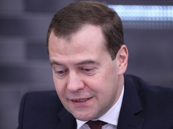 Медведев привез в Китай первую выставку своих фотографий