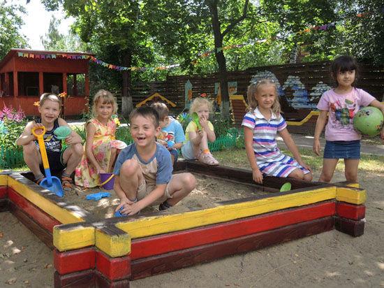 Срочникам сделают скидку на детский сад
