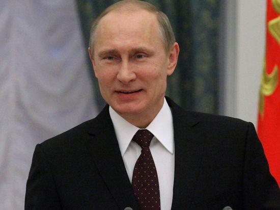 Владимир Путин просит прекратить «втупую» закачивать деньги в социальную сферу