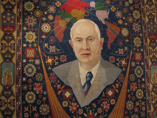 В Москве открылась уникальная выставка, посвященная Генсеку