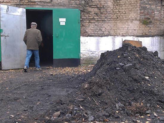 Уголь загнал Украину в угол: остановка поставок из России грозит блокированием всех теплоэлектростанций