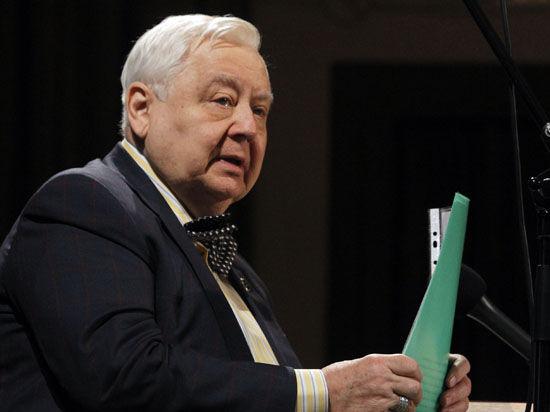 Олег Табаков — о своей госпитализации: «Настроение нормальное, рабочее»