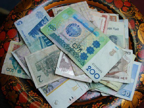 Между рублём и гривной: в ДНР создадут свою валюту