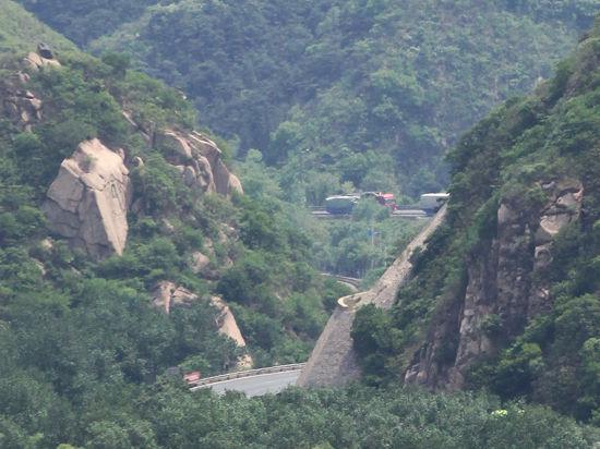 В горах Дагестана рейсовый микроавтобус с 16 пассажирами рухнул в ущелье