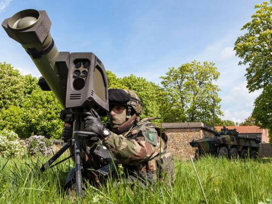 Франция примет на вооружение гранатомет, пробивающий всю современную бронетехнику