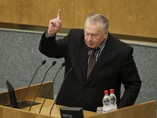 Россия должна перейти к более жесткому политическому курсу, считает политик