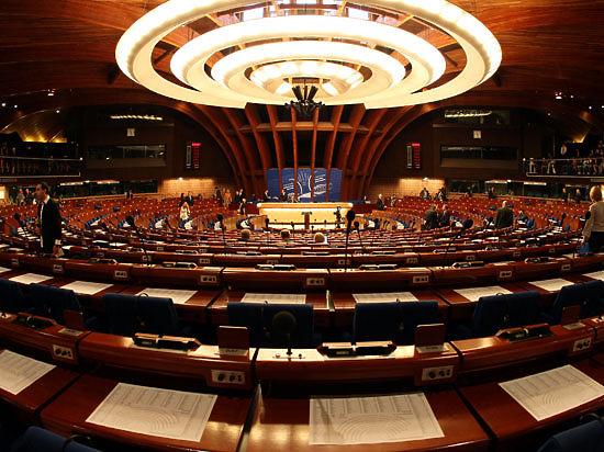 Профильный комитет ПАСЕ поддержал лишение российской делегации права голоса