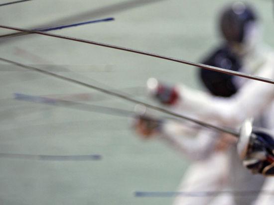 В зачете ЧМ по фехтованию в Казани сборная России борется с Италией